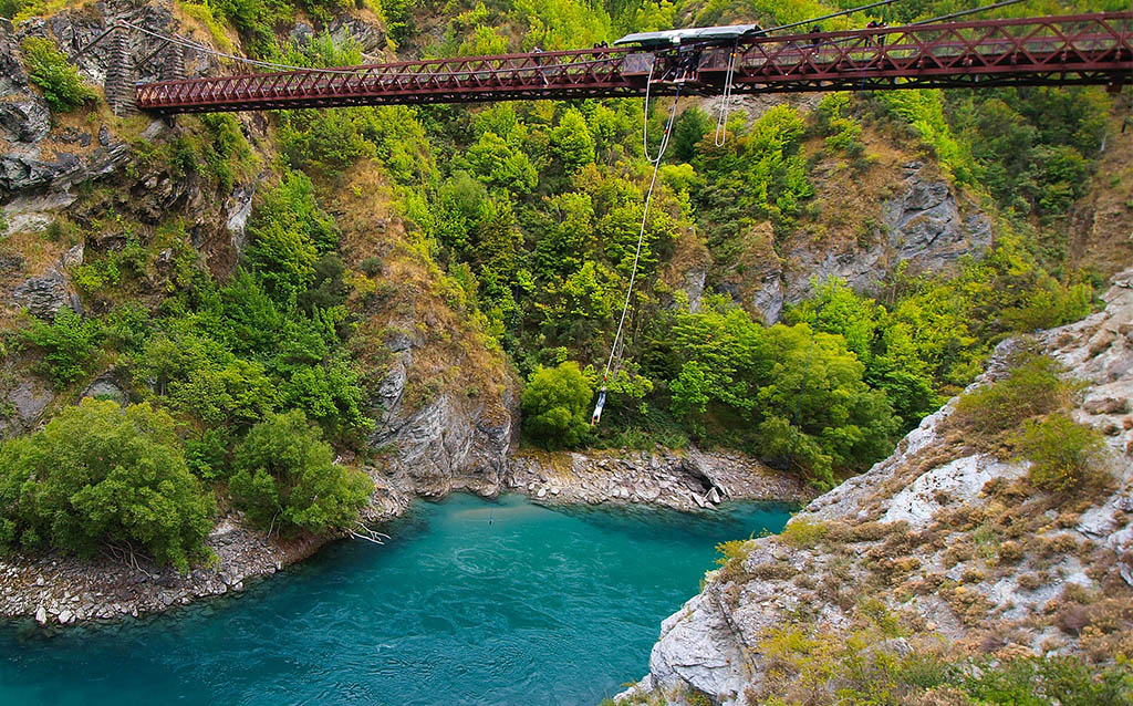 ultimate-backpacker-adventures-bungy-queenstown