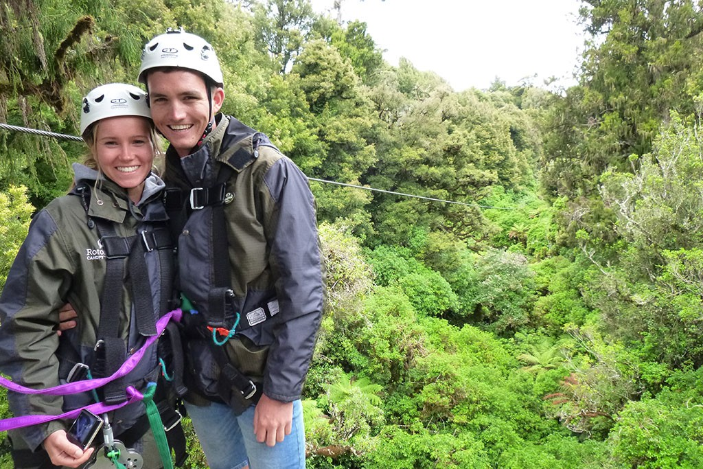 things to do in rotorua couple on a canopy tour