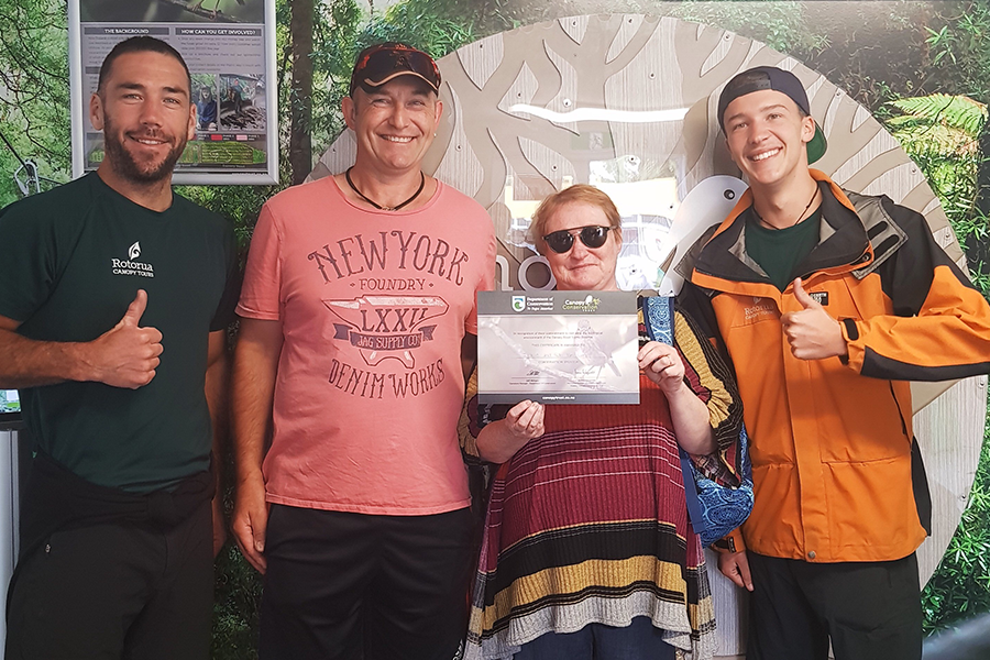 Jackie and Robert donating to the Canopy Tours Conservation Trust