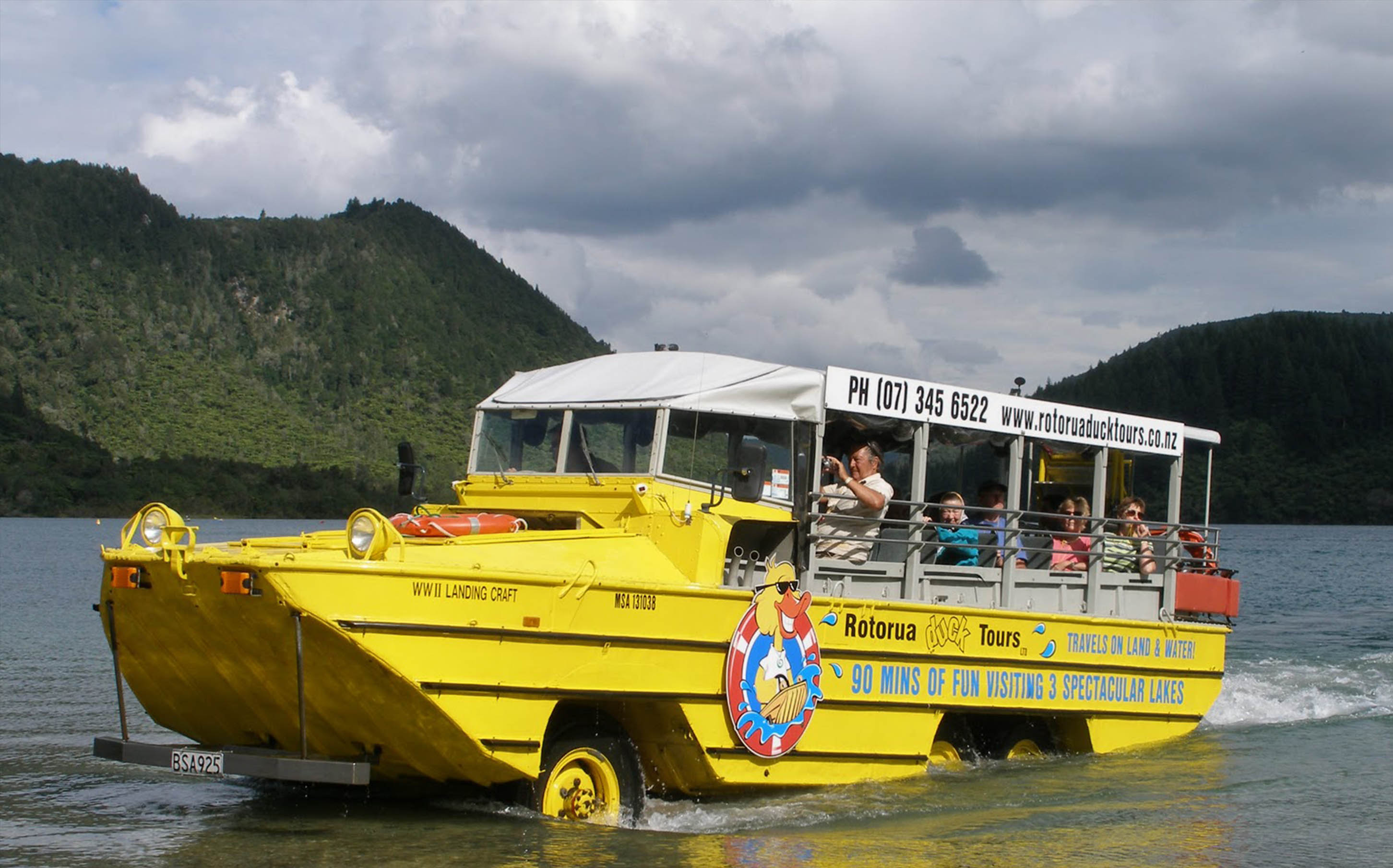duck-tours-family-activities-in-rotorua