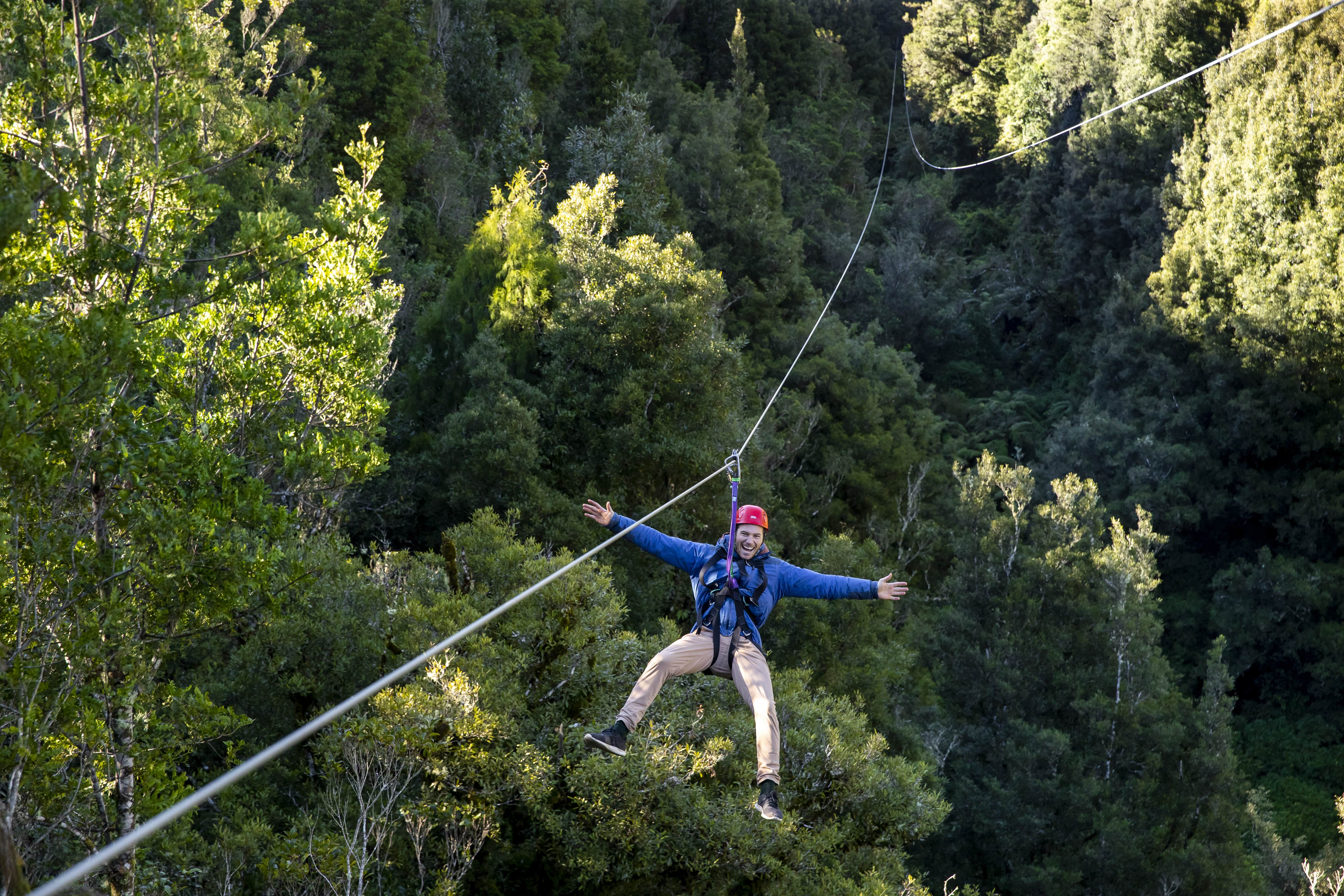 ziplining-ultimate-canopy-tour-min-2